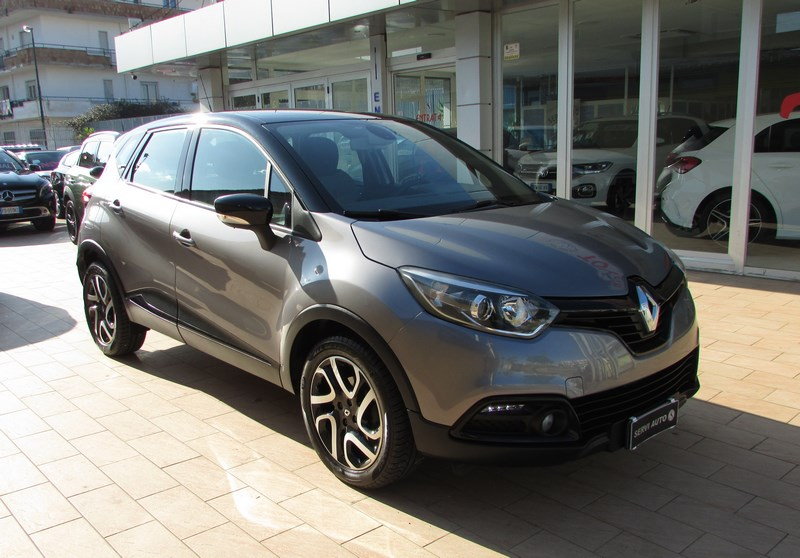 775 - RENAULT Captur 1.5 dCi Energy Intens