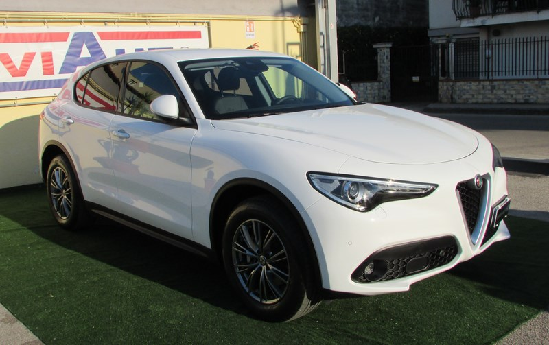 36 - ALFA ROMEO Stelvio 2.2 Turbodiesel 180 CV AT8 Q4 Executive